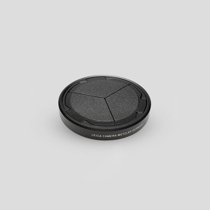 D-Lux Auto Lens Cap by Leica