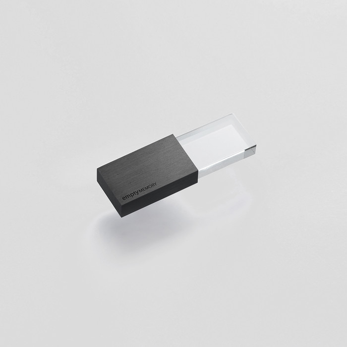 Empty Memory 16GB by Beyond Object