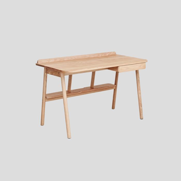 Kitt Desk by Kiltt Design