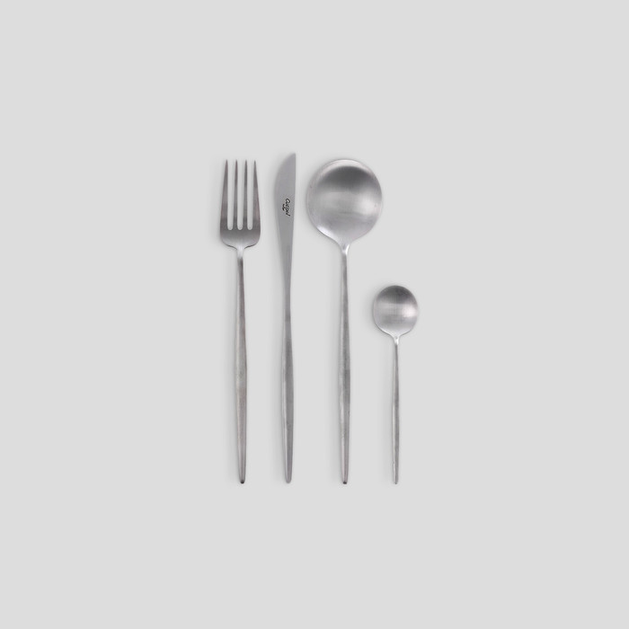 Moon Cutlery Set by Cuptiol