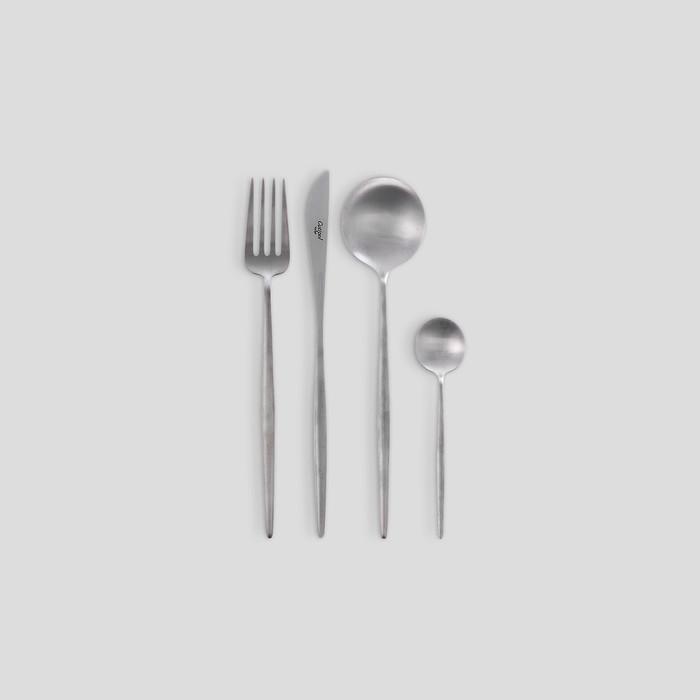 Moon Cutlery Set by Cuptiol